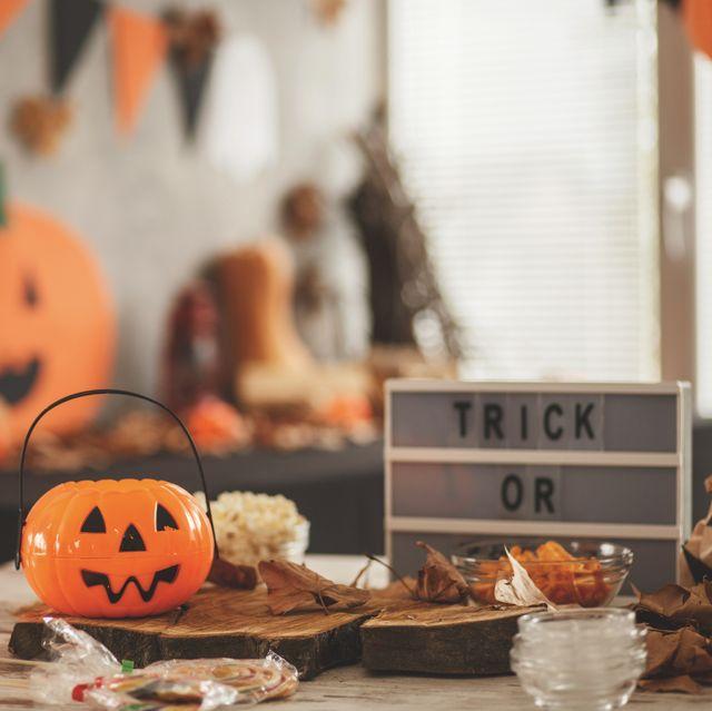 53 Easy DIY Halloween Decorations
