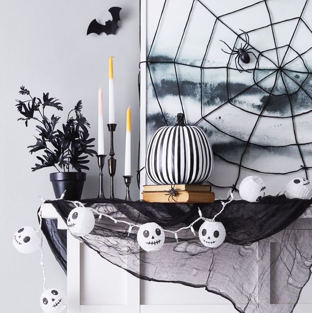 80 Easy Diy Halloween Decorations 2021 Cute Halloween Decorating Ideas