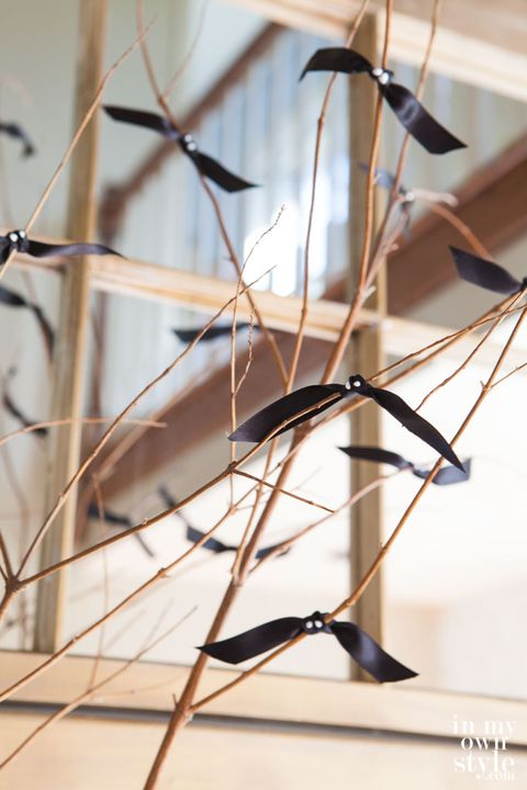 diy halloween decorations bat branches