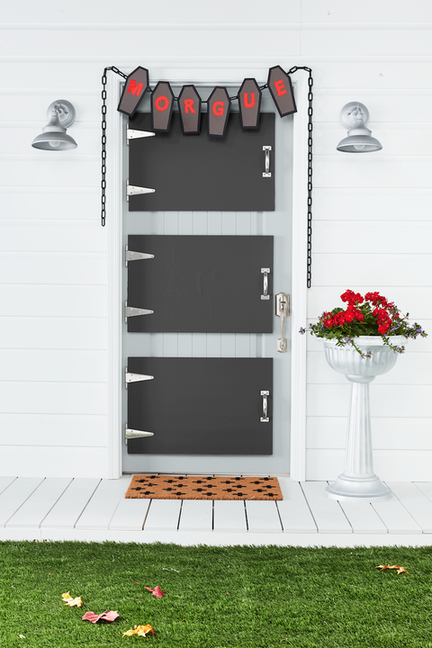 diy halloween decorations morgue door