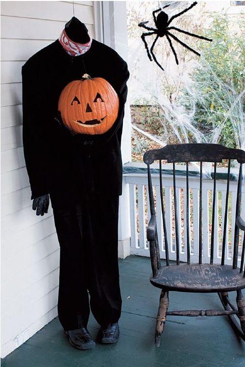 Astounding 50 Diy Halloween Decorations How To Make Halloween Decorations Creativecarmelina Interior Chair Design Creativecarmelinacom