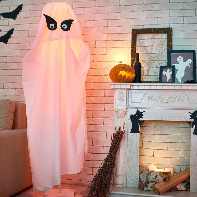 Diy Scary Halloween Props.14 Best Diy Halloween Props Easy Halloween Prop Ideas