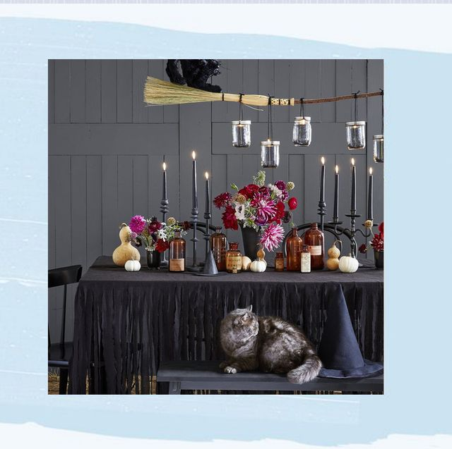 807c9df3699 55 Fun Halloween Party Decorating Ideas - Spooky Halloween Party Decor
