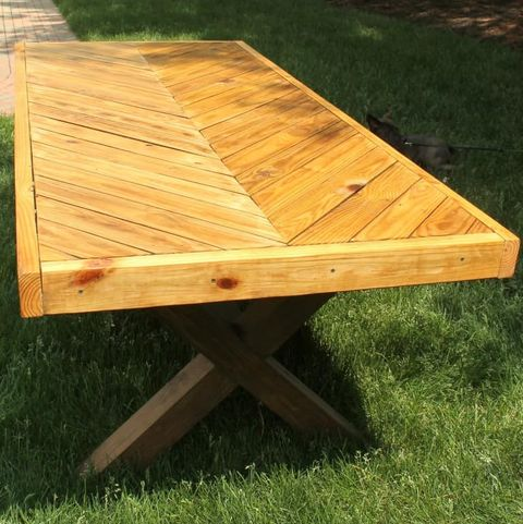 25 Diy Picnic Tables Best For Your Yard