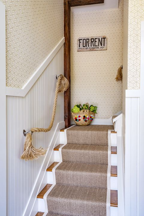 rope staircase railing
