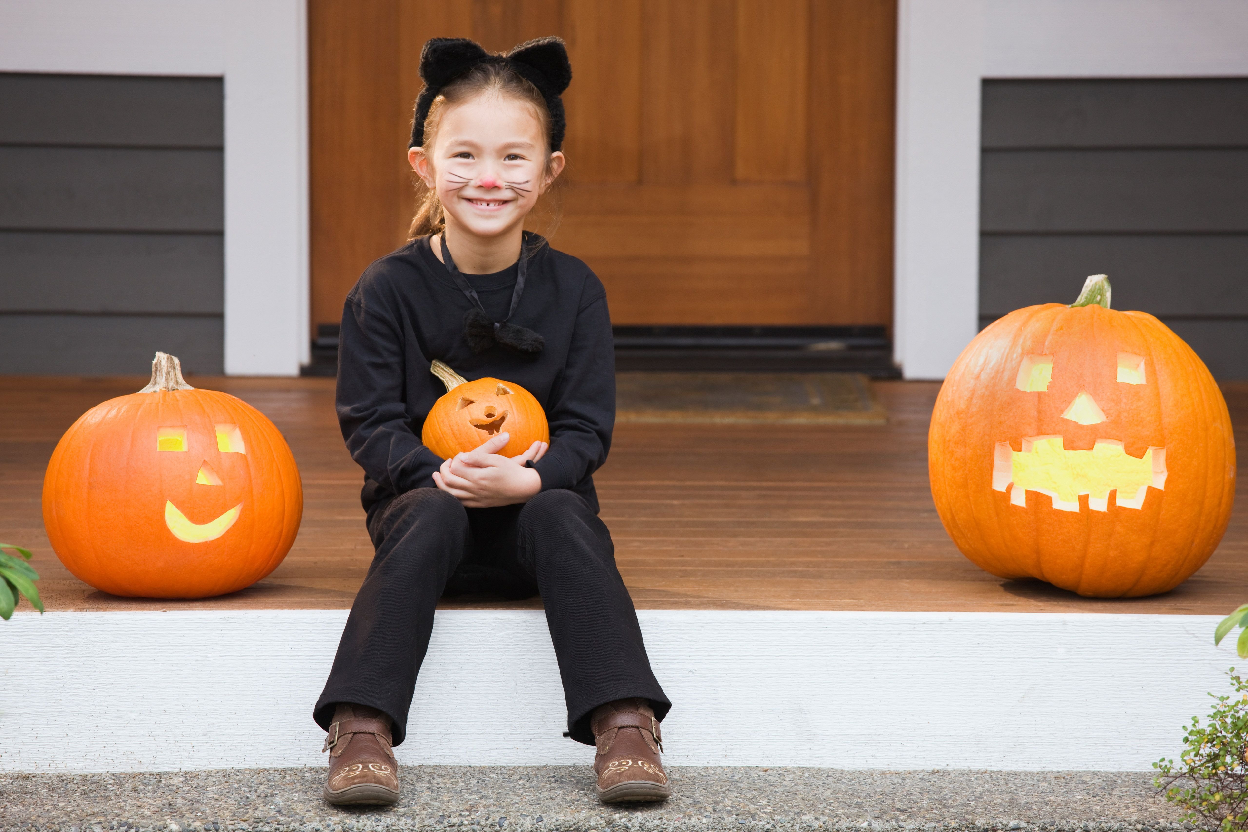 71869ada4 Cat Costumes for Kids - How to Make DIY Halloween Cat Costumes for ...