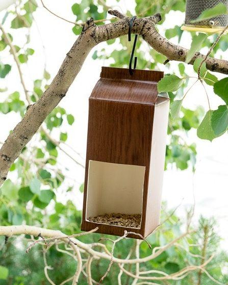 Bygga fågelmatare