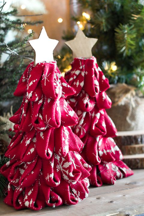 diy sweater christmas tree decor