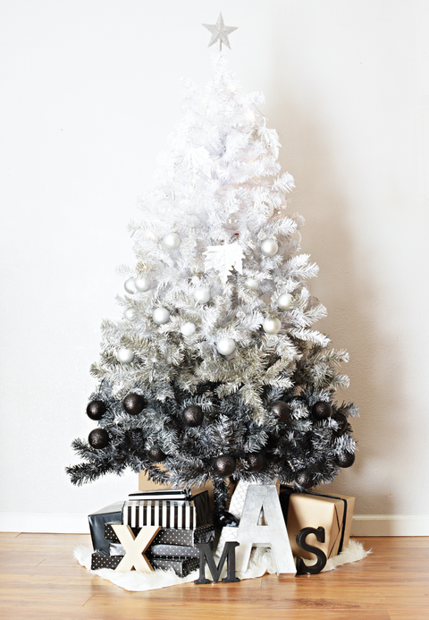 diy ombre black christmas tree - Black And Silver Christmas Decorations