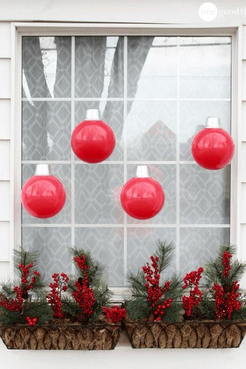 courtesy of one good thing by jillee diy giant ornaments