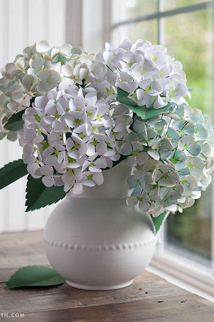 diy paper flowers hydrangeas