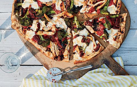 DIY pizza party chicken and broccoli pizza