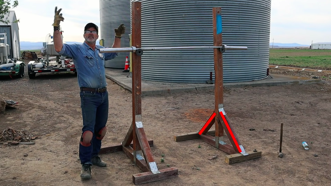 Watch This Guy Demonstrate How to Build Your Own Half Rack Out of Lumber