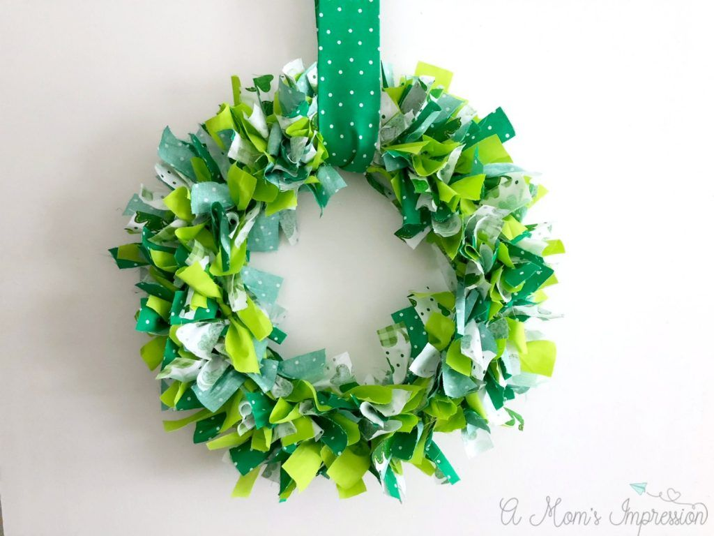 diy fabric st patricks day wreath craft
