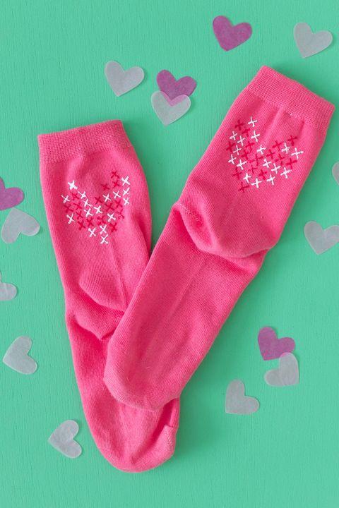 DIY Valentines Gifts - Heart Socks