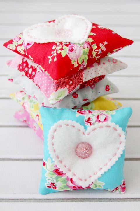 DIY Valentines Gifts - Lavender Sachets