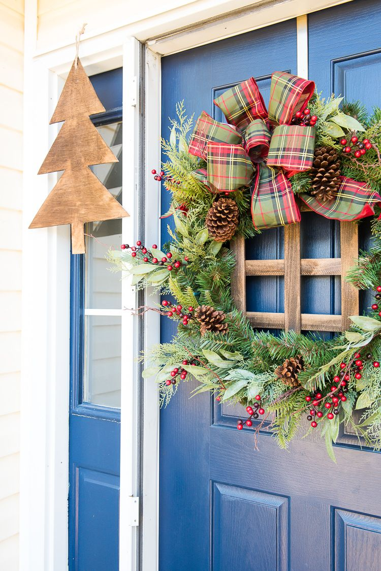 80 DIY Christmas Wreaths How to Make Holiday Wreaths