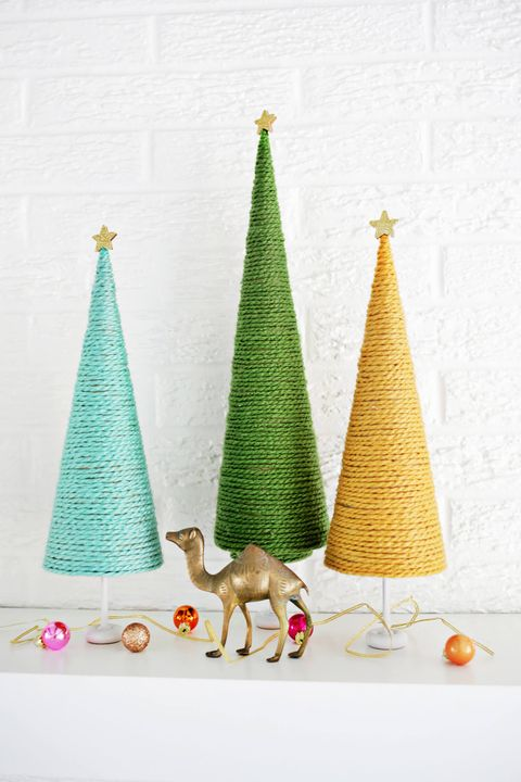 c28047179408f 50 Easy Christmas Crafts for Adults to Make - DIY Ideas for Holiday ...