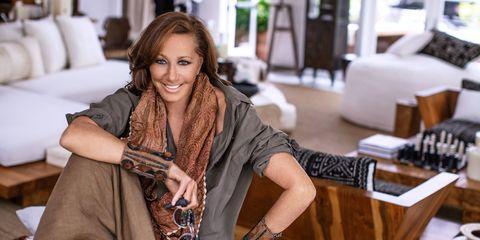 Long hair, Brown hair, Room, Smile, Fashion accessory, Fashion design, Layered hair,