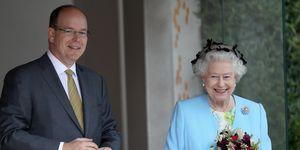 Alberto de Mónaco e Isabel II en Londres