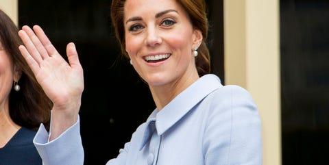 Kate Middleton repite vestido de Catherine Walker