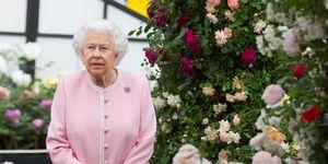 Reina Isabel II en el flower show de Londres