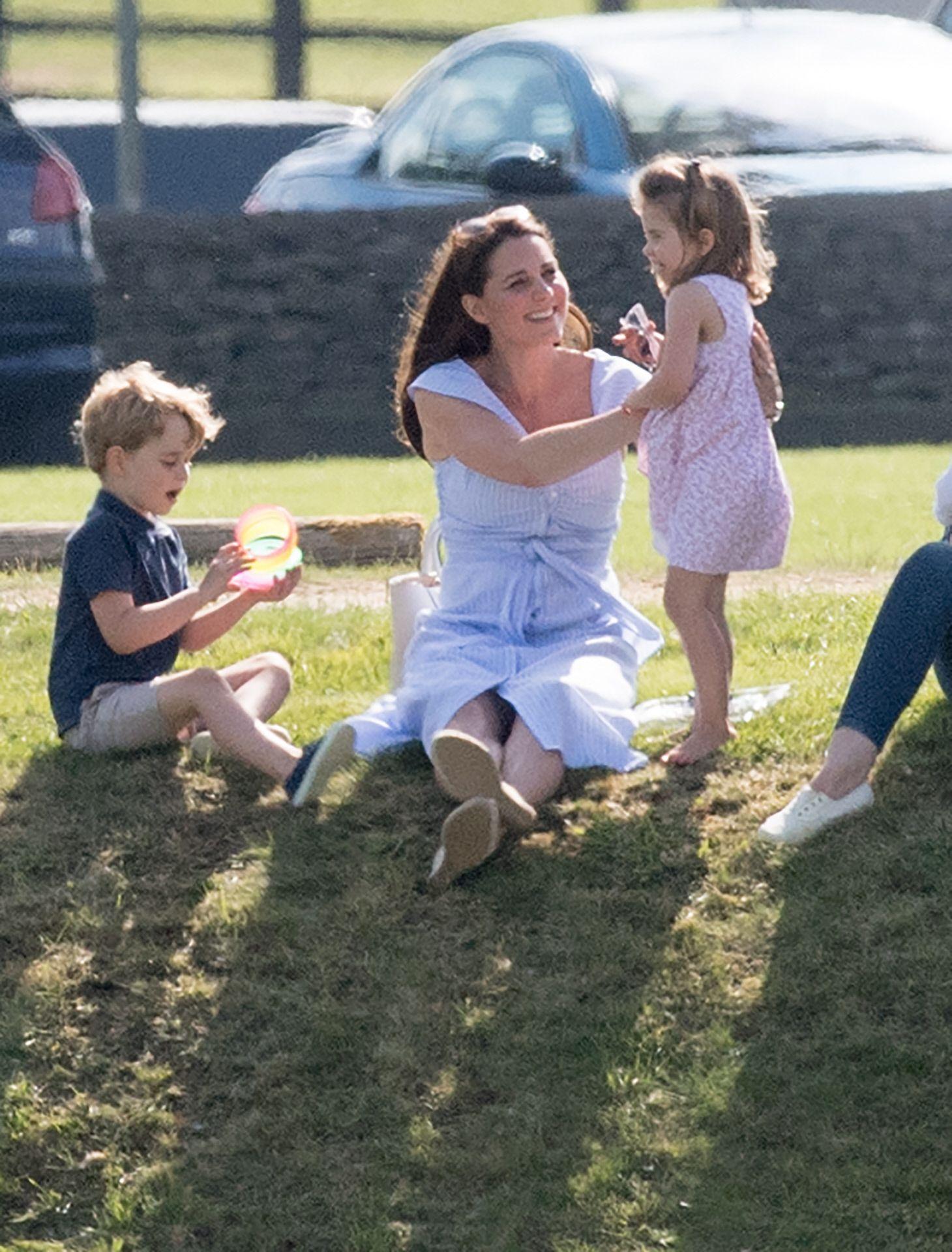 Kate Middleton y el uniforme veraniego que promete no quitarse (y que vuelve a firmar Zara)