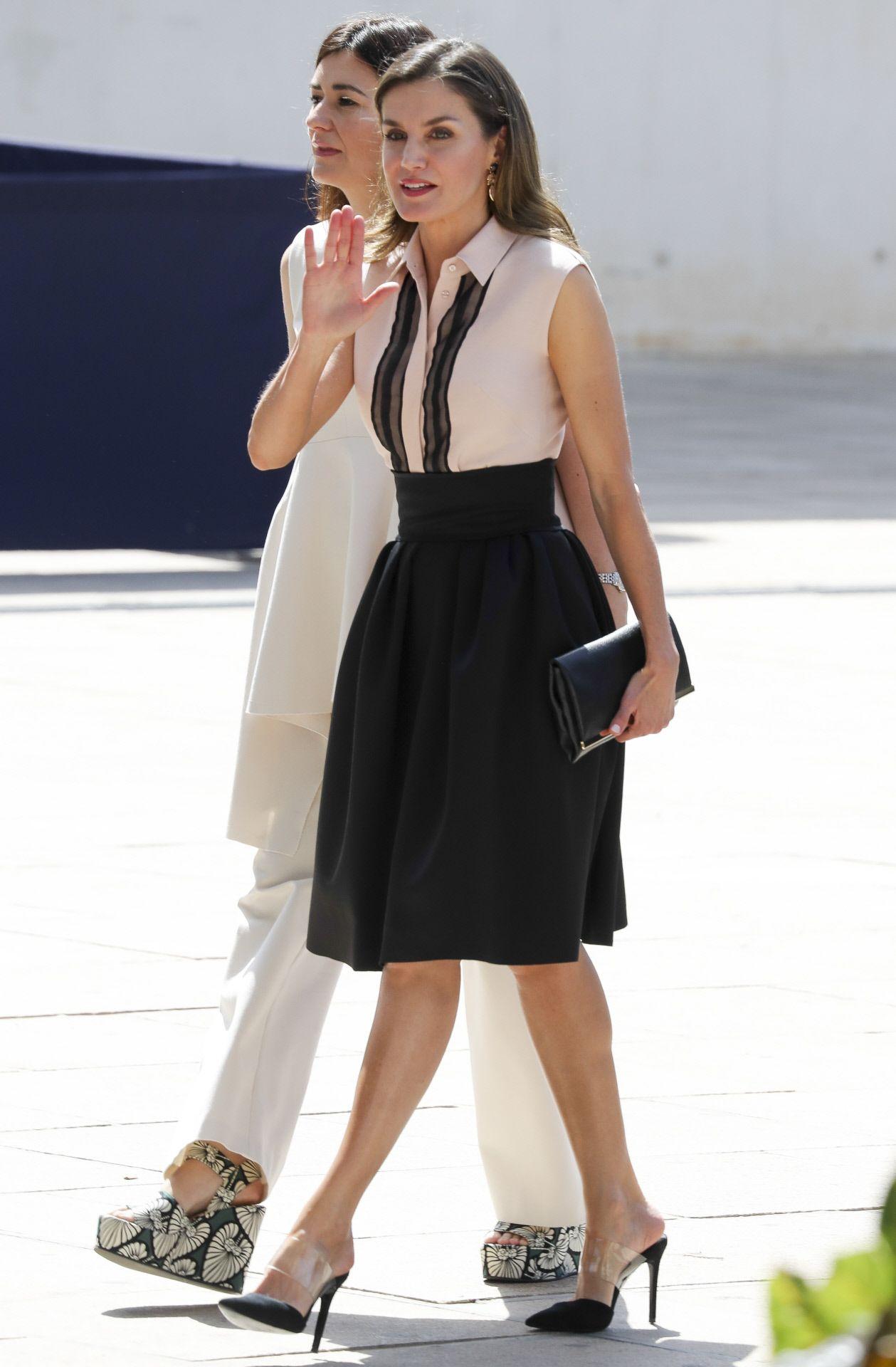 Letizia Todos El 'looks' Reina Estilo La De Los wqIq8U