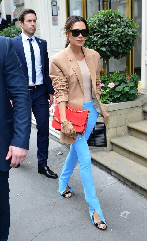 Clothing, Street fashion, Jeans, Cobalt blue, Blazer, Blue, Fashion, Electric blue, Outerwear, Turquoise,