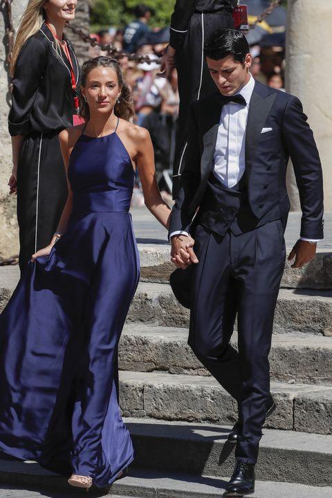 Suit, Cobalt blue, Clothing, Formal wear, Fashion, Dress, Street fashion, Electric blue, Tuxedo, Footwear,