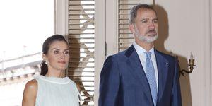 Los reyes asisten a la recepción a la colectividad española en Cuba