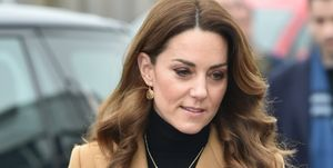 Copia la falda de Kate Middleton por 8 euros