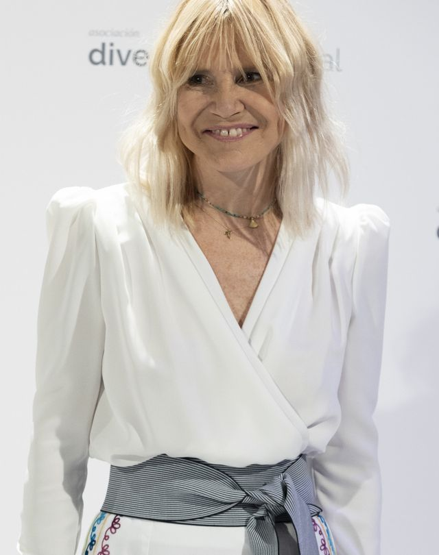 eugenia martínez de irujo con vestido the iq