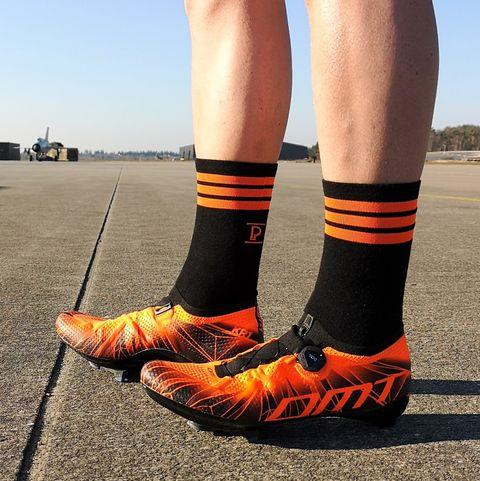Review – De DMT KR1 schoenen van Elia Viviani