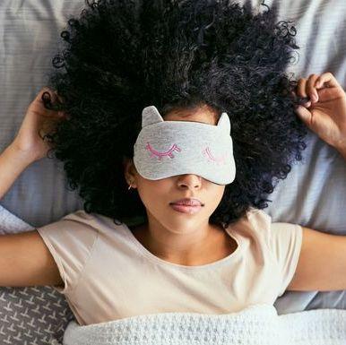 Hair, Ear, Hairstyle, Hair accessory, Headgear, Fashion accessory, Neck, Beanie, Headpiece, Fur,