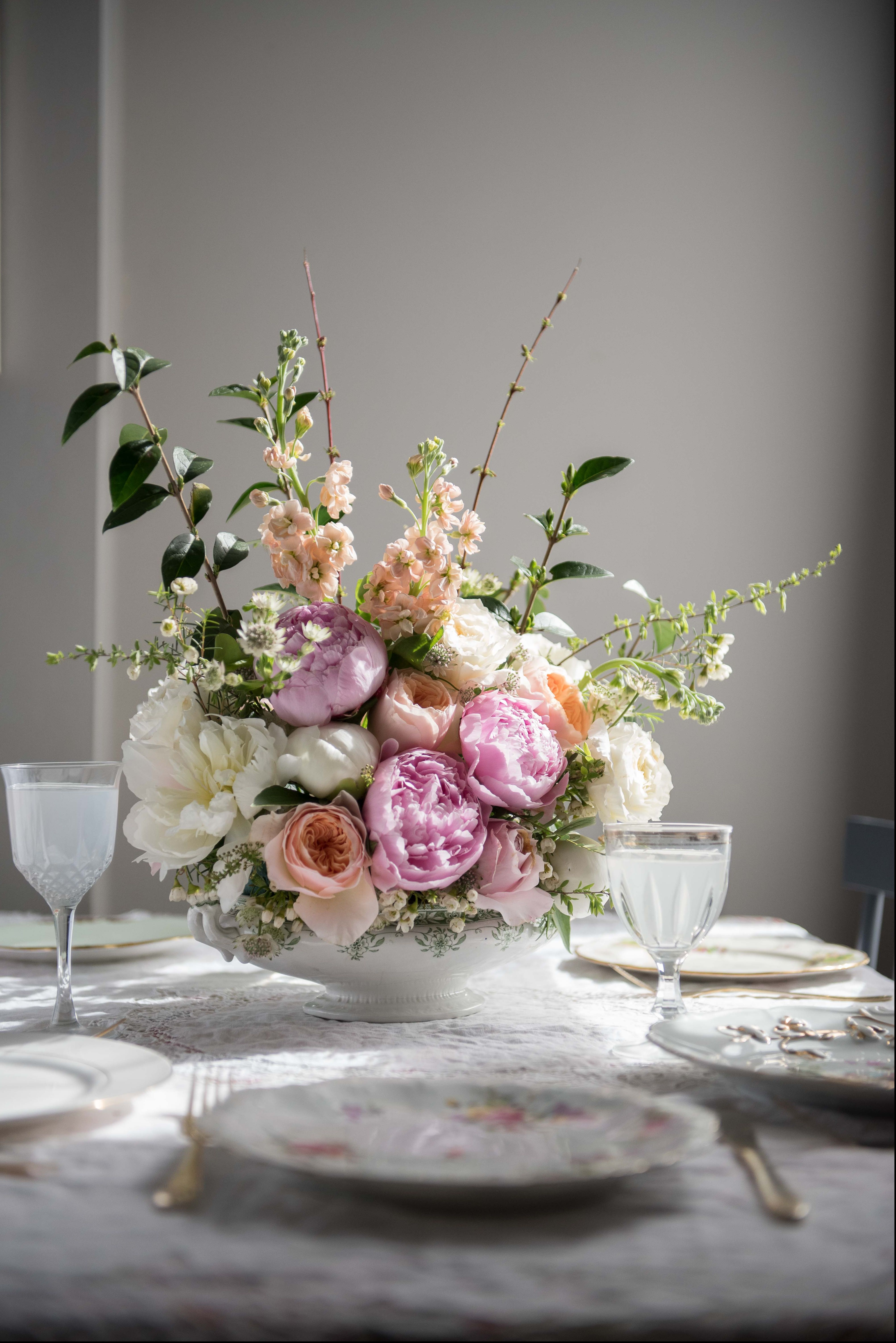 Spring/summer floral arrangements - flower styling tips by Selina Lake