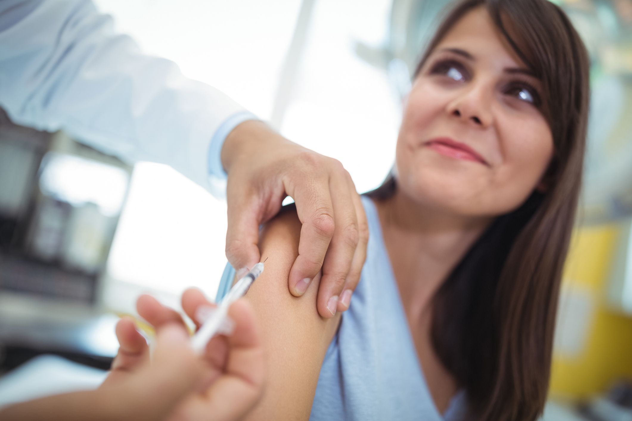 These Are the 5 Vaccines Every Adult Needs in 2019, According to Doctors