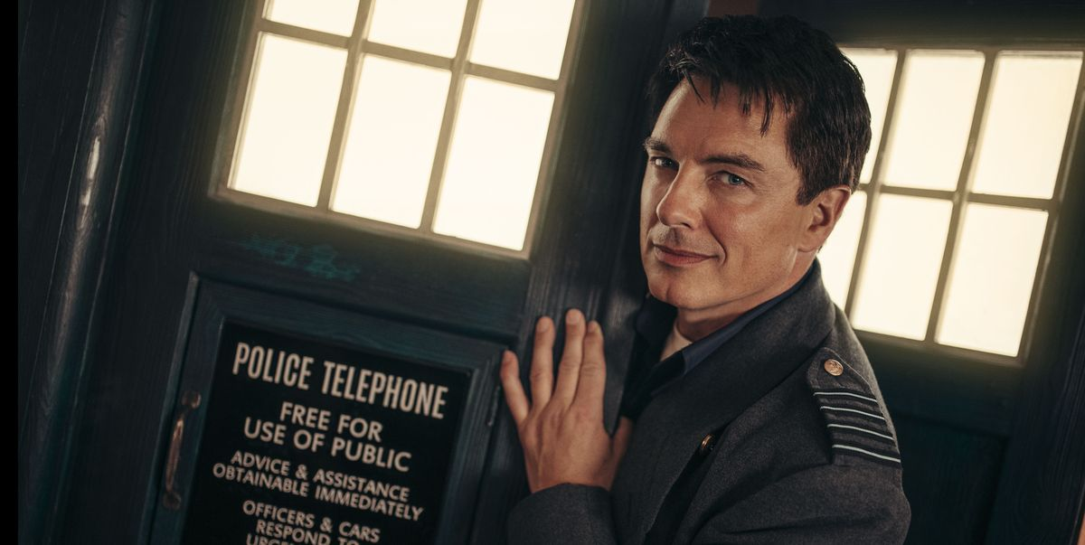 """John Barrowman would return to Doctor Who """"at the drop of a hat"""""""