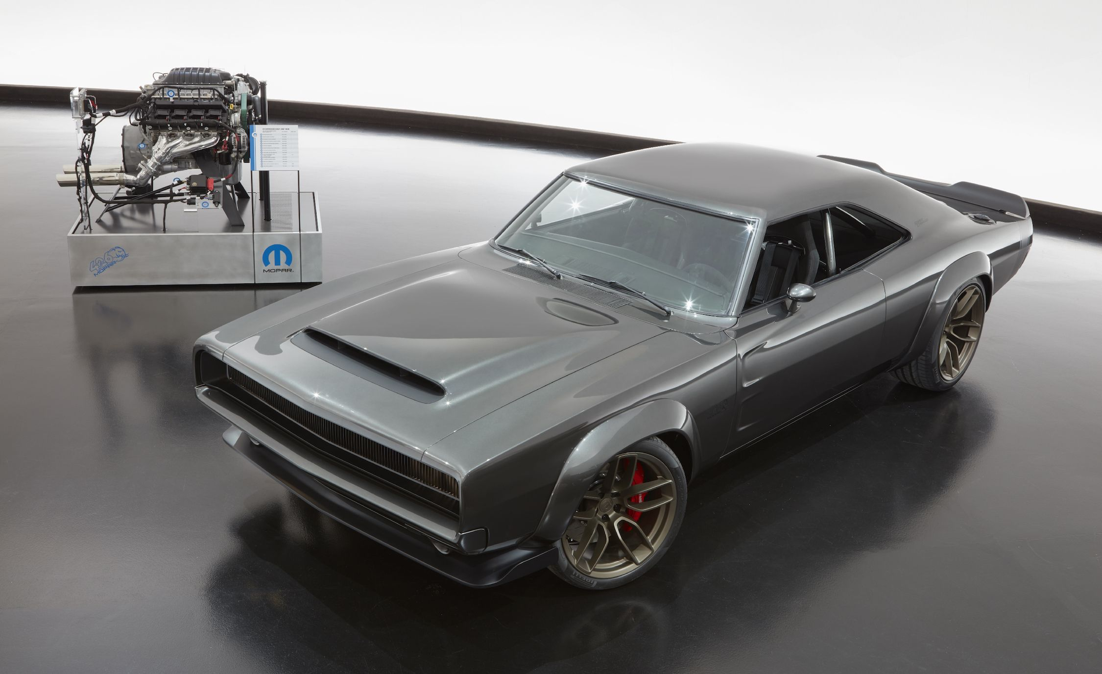 Mopar Debuts 1968 Dodge Super Charger Custom With Crate Hemi