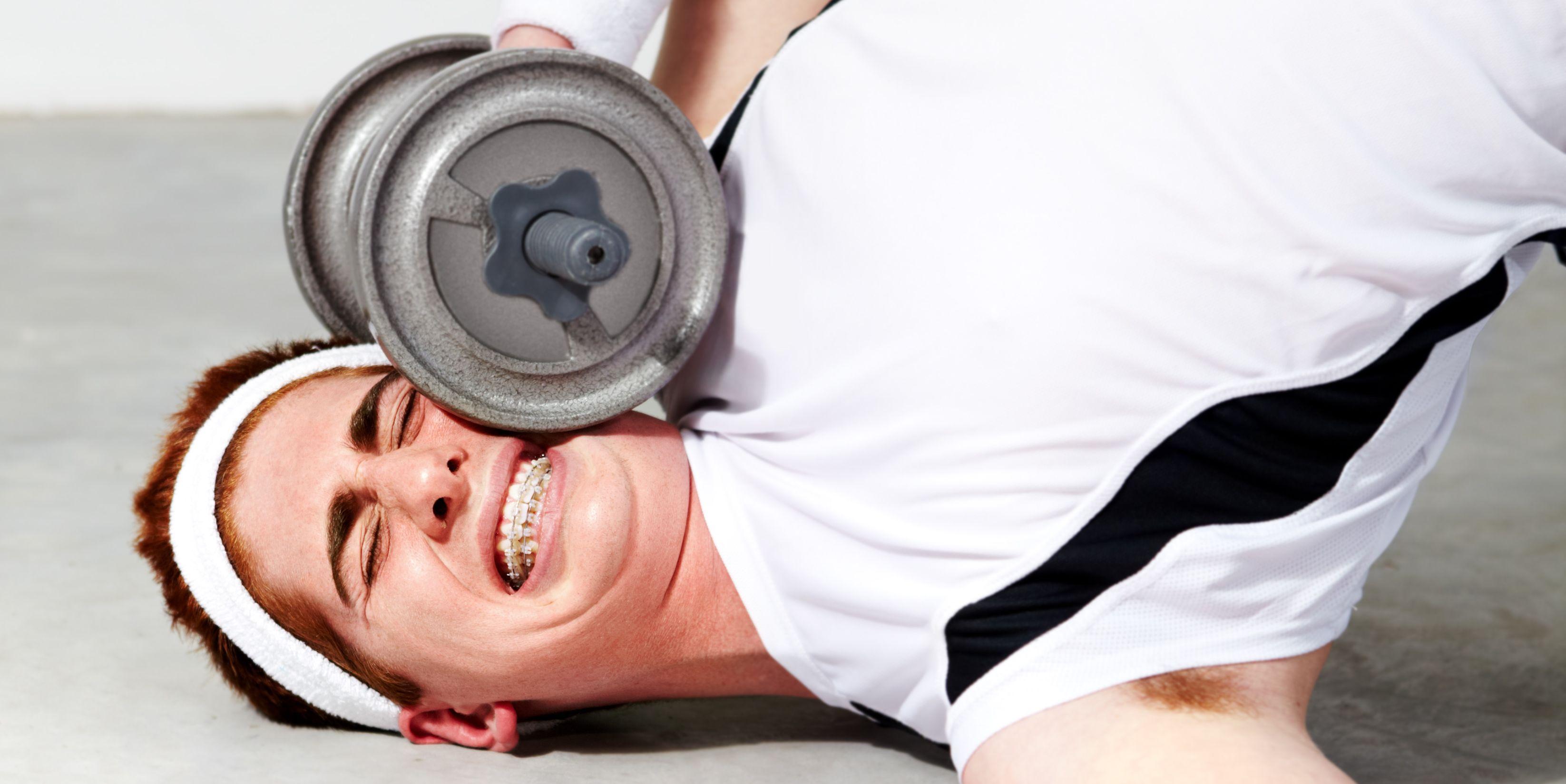 golpes graciosos gimnasio,caidasgraciosas gimnasio, accidentes graciosos gimnasio, vídeos graciosos gimnasio