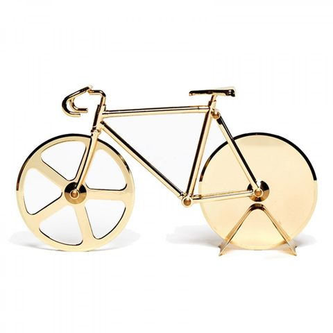 Bicycle wheel, Bicycle part, Spoke, Bicycle, Bicycle accessory, Vehicle, Metal, Bicycle frame, Fashion accessory, Bicycle tire,