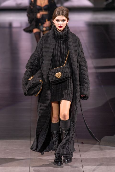Fashion, Runway, Fashion show, Fashion model, Clothing, Fur, Outerwear, Human, Footwear, Fashion design,