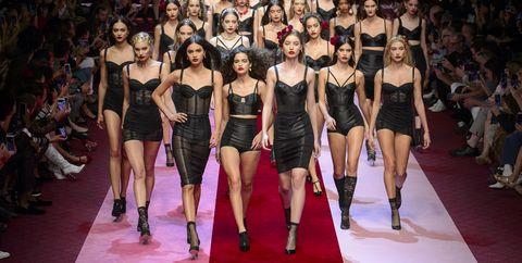 Fashion model, Fashion, Fashion show, Runway, Event, Fashion design, Model, Public event, Performance, Haute couture,