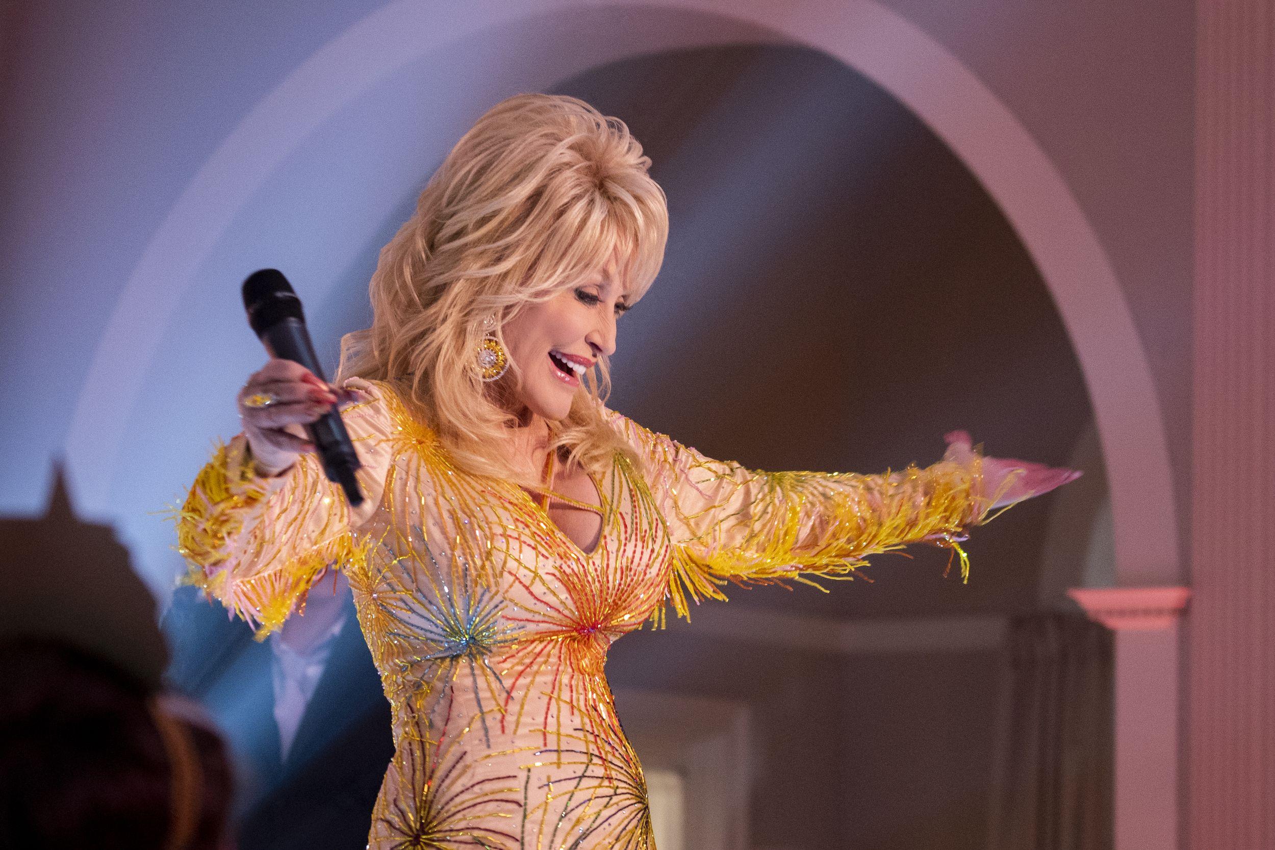 Dolly Parton S Heartstrings On Netflix News Premiere Date