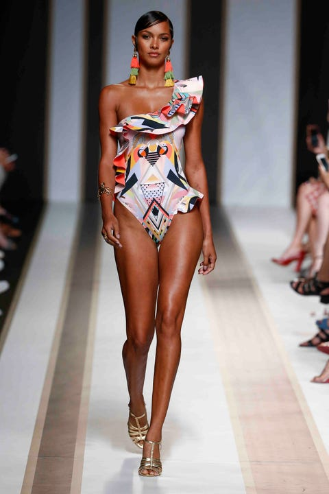 Fashion model, Fashion show, Fashion, Clothing, Runway, Model, Human leg, Bikini, Swimwear, Shoulder,