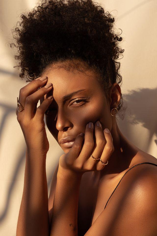 pelle con acne in estate sotto il sole rimedi sicuri