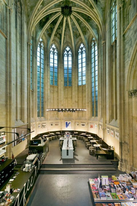Aisle, Building, Architecture, Place of worship, Cathedral, Vault, Chapel, Gothic architecture, Church, Glass,