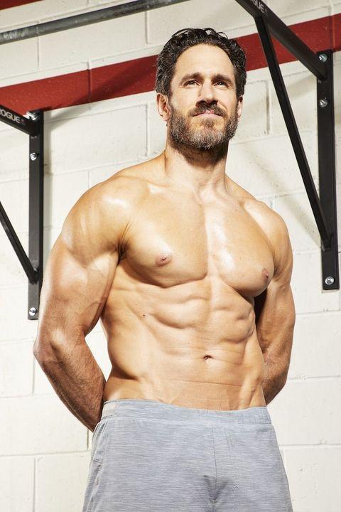 トレーニング,腹筋,上腕二頭筋,胸,筋トレ,運動,筋肉,ボディービル,ちくび,男