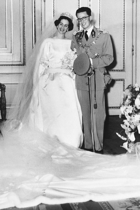 33 Iconic Royal Wedding Dresses Best Royal Wedding Gowns Of All Time