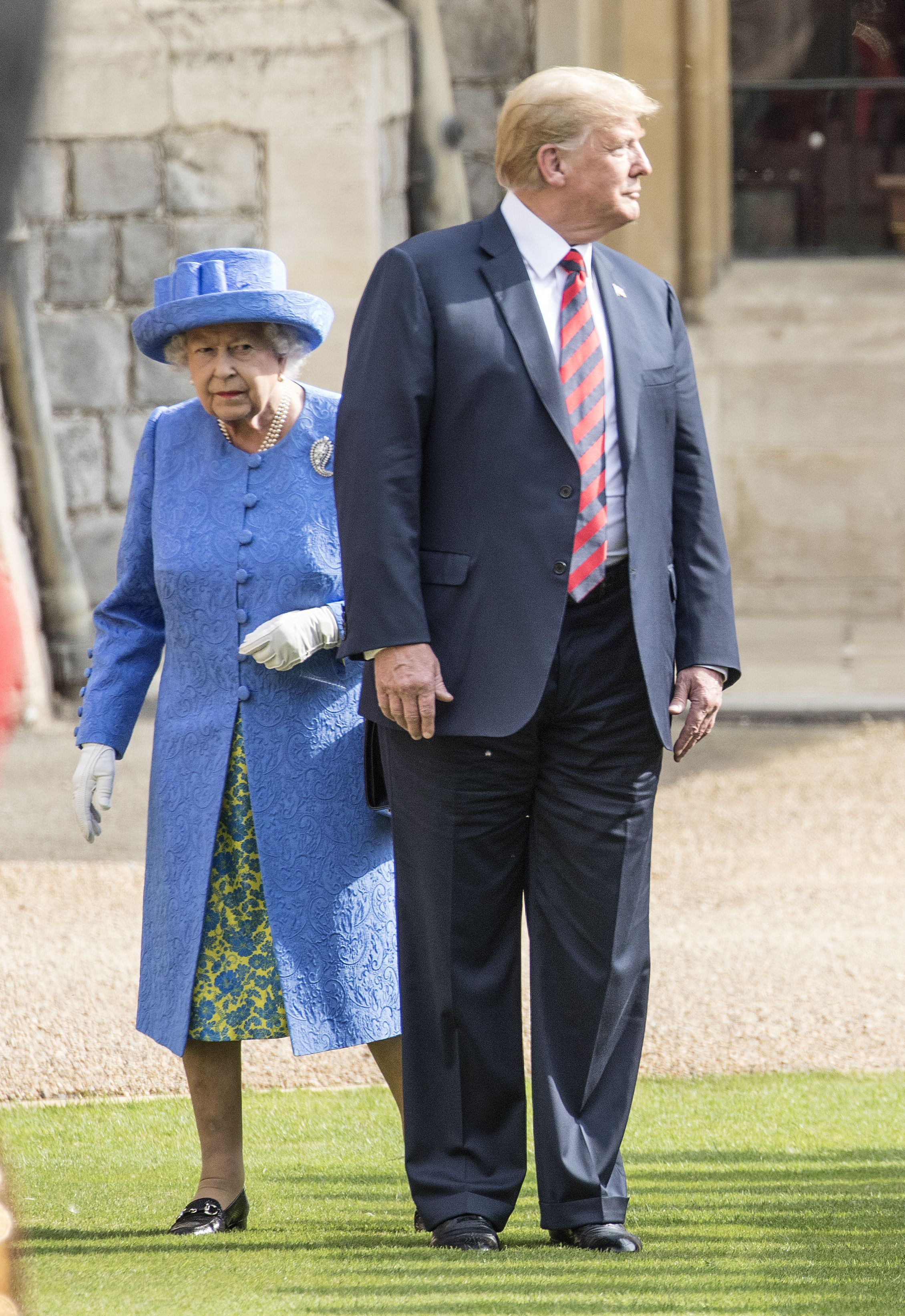Did the Queen snub Donald Trump through her brooches?